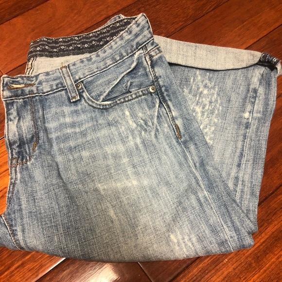 Denim - Blue Cropped Jeans